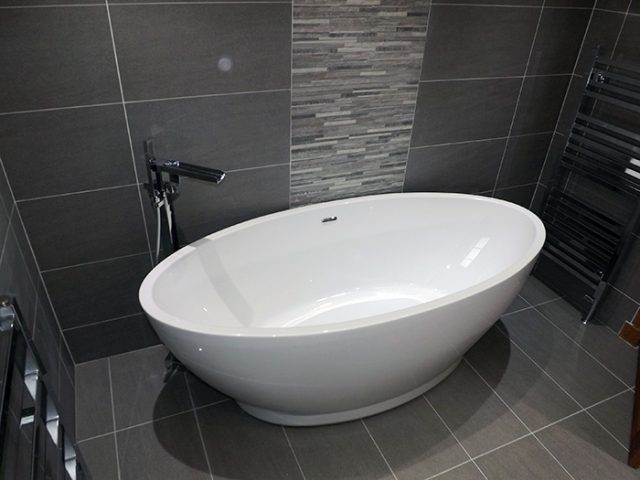 Mr and Mrs Hamilton Bathroom