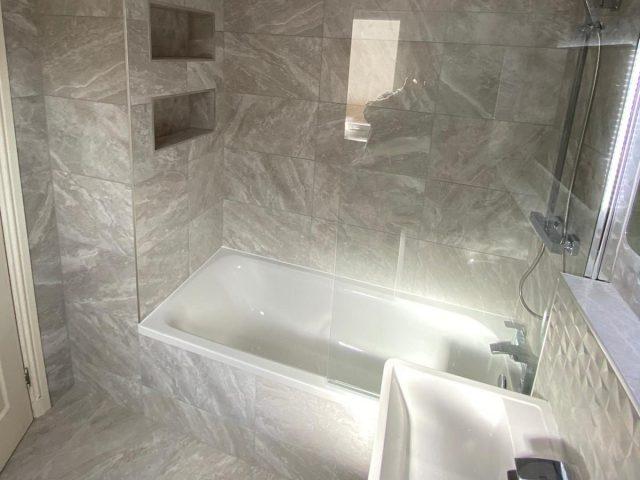 2 Bath 4