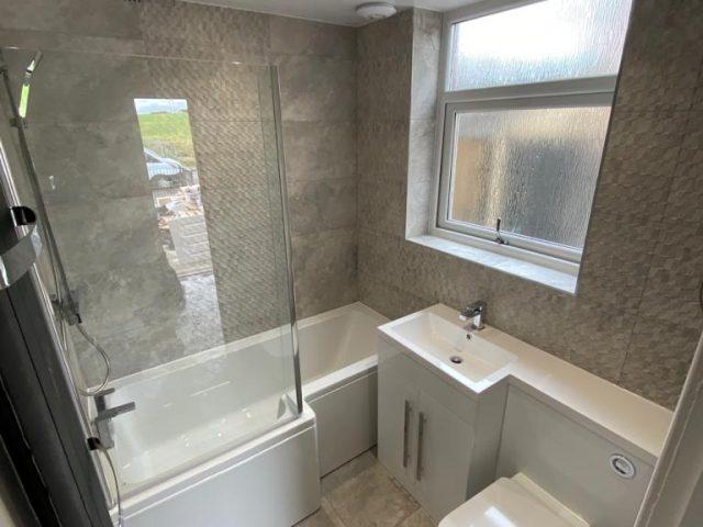 L Bath 1